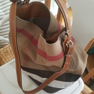 Burberry ashby medium purse